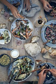 This Is How You Enjoy Summer: Beach Barbecue Party 3