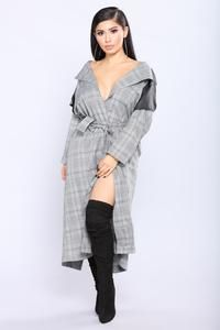 Pencil You In Long Duster - Black/White