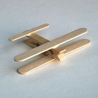From Popsicles to Craft Projects ⋆ Handmade Charlotte - Clothespin Airplanes, tutorial via Passengers on a Little Spaceship - Popsicle Stick Crafts, Popsicle Sticks, Craft Stick Crafts, Preschool Crafts, Fun Crafts, Arts And Crafts, Craft Sticks, Preschool Kindergarten, Projects For Kids