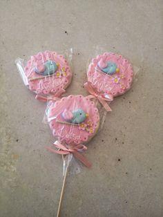 Nesse blog vou mostrar um pouco do meu trabalho. Faço cupcakes, doces modelados, mini bolos, pão de mel e também faço lembrancinha para chá de bebê, maternidade, aniversário etc. Fondant, Oreos, Cookie Pops, Flower Bird, Baby Shower, Homemade Candies, Small Cake, Cake Designs, 2nd Birthday
