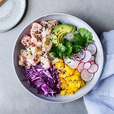 Bowl of poke- Bol de poke Poke Bowl Poki Bowl, Poke Recipe, Asian Recipes, Healthy Recipes, Clean Eating, Healthy Eating, Healthy Food, Bowl Cake, Rice Dishes