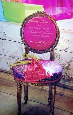 ZsaZsa Bellagio: Think Pink