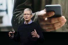 Apple CEO Tim Cook knows firsthand the agony of watching a close friend wait for an organ donor, so the company is doing something to help ease the shortage. With iOS Apple will add a new button. Iphone 4s, Apple Iphone, Ipad Pro, Apple Watch, Tim Cook, Apple Help, Unlock Iphone, Economic Times, Steve Jobs