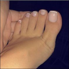 17 Ideas french pedicure designs toenails pretty toes for 2019 Toe Nail Color, Toe Nail Art, Nail Colors, Acrylic Toe Nails, Gel Toe Nails, Neutral Colors, Pink Toe Nails, Toe Nail Polish, French Acrylic Nails