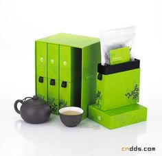 Emeyu (green) tea packaging design