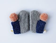 Image of pompom booties 3
