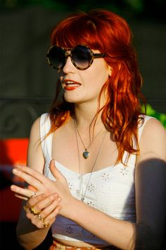 I just adore Florence Welch and her awesome red hair. I love that the tips are highlighted.....