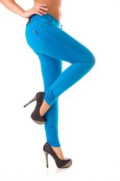 8187ce3931 A(z) Cool női ruhák nevű tábla 66 legjobb képe | Hungary, Luxury és ...