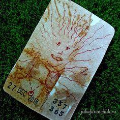 357/365 #365чай_фаранчук Рисую вместе с чайными разводами - дэвушка 😊 ⠀ #juliafaranchukru #рисование #drawing #art #чайныйпакетик… Tea Bag Art, Rust, Drawing, Cover, Sketches, Drawings, Draw