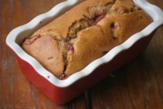 June marks the end of strawberry season and the beginning of unbearably hot days, so I thought this recipe would be the perfect way to b. Strawberry Bread, Agave Nectar, I Want To Eat, How To Make Bread, Food For Thought, Banana Bread, Biscuits, Yummy Food, Hot Days