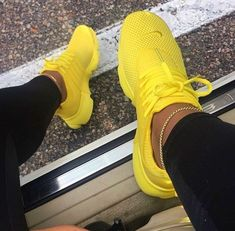 New Nike Presto Running Shoes Sneakers Shoes, Nike shoes, Nike yellow nike shoes - Yellow Things Yellow Nikes, Pink Nikes, Yellow Black, Pink White, Nike Presto Damen, Cute Sneakers, Sneakers Nike, Yellow Sneakers, Presto Sneakers