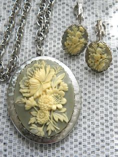 6e58f037776 Vintage Cameo Locket Necklace   Clip On Earrings