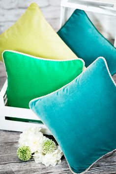 An add of green to your home. Color for home have diffrents shades of green just contact us on team@colorforhome.pl