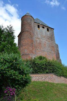 Eglise Saint-Nicolas (église fortifiée). Bancigny (Aisne - Thiérache) - Picardie