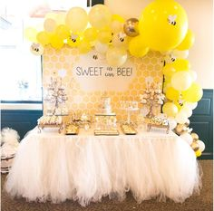 Swoon over this gorgeous bumble bee baby shower! The cookies are wonderful! See more party ideas and share yours at Deco Baby Shower, Baby Girl Shower Themes, Baby Shower Gender Reveal, Shower Party, Baby Shower Parties, Baby Boy Shower, Themes For Baby Showers, Baby Showe Ideas, Shower Ideas
