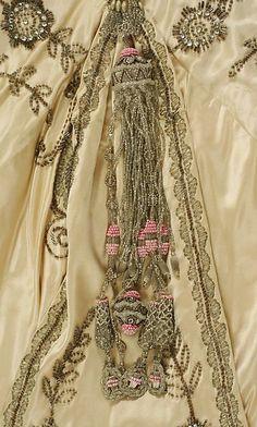 Evening dress (image 4) | American | 1914 | silk | Metropolitan Museum of Art | Accession #: C.I.X.56.2.3