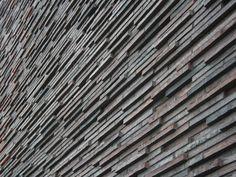 Handgemaakte Kolumba ™ Petersen Tegl Gebruikt in het project: http://www.buildingdesign.nl/project/stedelijk-wonen-in-aalsmeer