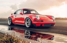 Our DLS baby, beautifully photographed by Mark Riccioni for Top Gear photo - Porsche - Cars Singer Porsche, Top Gear, Porsche Classic, Classic Cars, Auto Motor Sport, Sport Cars, Vintage Porsche, Vintage Cars, Muscle Cars