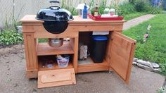 Cedar Fence Picket Charcoal Grill Party Station