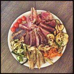 Bistecca della tradizione Fiorentina con selezione di Verdure alla Griglia ~ Chianti Restaurant Morrocco, Tavarnelle Val di Pesa (Firenze, Italy).  #Toscana #Tuscany #Restaurant #Food