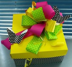 Use the theme colors and add a keepsake or homemade item to your gift. Creative Gift Wrapping, Creative Gifts, Fun Crafts, Diy And Crafts, Birthday Gift Wrapping, Gift Wrapping Services, Diy Gift Box, Gift Bows, Christmas Wrapping