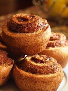 Spelt Cinnamon Rolls – No Yeast And Low Gluten With a healthy sugar alternative Spelt Recipes, Flour Recipes, Baking Recipes, Bread Recipes, Yummy Recipes, Vegan Recipes, Spelt Bread, Spelt Flour, Healthy Sweets