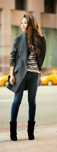 Love the coat!--cute street fashion
