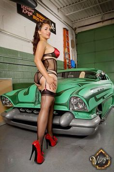 Hot rods n nude woman