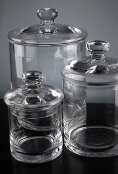 Jars Inexpensive glass jars for bathroom storage. Add a label or some etching and it would be fabulous!Inexpensive glass jars for bathroom storage. Add a label or some etching and it would be fabulous! Candy Buffet Jars, Candy Jars, Glass Canisters, Kitchen Canisters, Kitchenware, Jar Storage, Bathroom Storage, Glass Storage Jars, Vase Cristal
