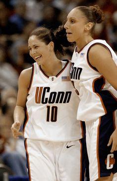 women's basketball uconn sue bird & diana taurasi 2002