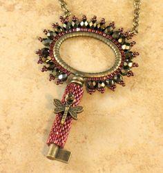 classy-key-necklace1.JPG (601×640)