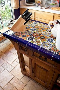 Beautiful Mexican tile island and prep table. Maybe not Mexican tile though? Decor, Mexican Tile, Cool Kitchens, Mexican Home Decor, Tiles, Spanish Decor, Kitchen Styling, Southwestern Decorating, Tile Tables