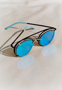 """Gentle Monster x Architecture At Large """"Vision Quest"""" Eyewear Collection"""