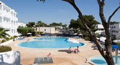 Ariel Apartments, Cala D'or, Majorca A relaxing complex sharing facilities with its neighbouring hotel. Families, couples, singles and groups will have a relaxing holiday in this quiet complex.
