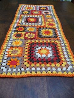 Inspiration only no pattern Crochet Home, Love Crochet, Crochet Crafts, Crochet Yarn, Crochet Stitches, Crochet Projects, Afghan Crochet Patterns, Crochet Afghans, Crochet Squares