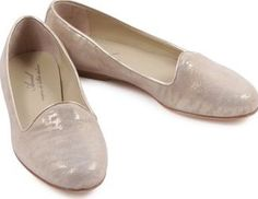 Anniel Slippers Gold 40EUR-6,5UK Fabrics : Nubuck Fabrics : Leather Insole, Leather Sole Made in : Italy Composition : 100% Leather http://www.comparestoreprices.co.uk/january-2017-7/anniel-slippers-gold-40eur-6-5uk.asp