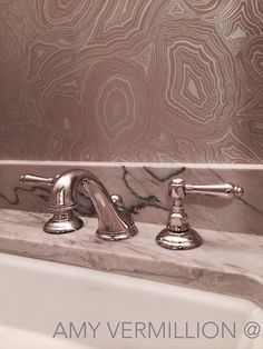Amy Vermillion Interiors - Silver Malachite wallcovering
