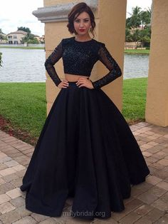 Two Piece Prom Dresses Ball Gown, Black Party Dresses Long Sleeve, Scoop Neck Long Formal Evening Dresses Satin Tulle Beading