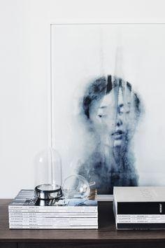 Blur print in a Finnish home in striking charcoal tones. Designer: Laura Seppänen, Photographer: Suvi Kesäläinen