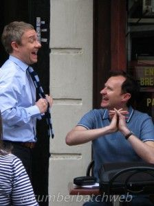 Sherlock Behind the scenes - Martin Freeman and Gatiss