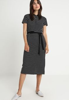 0ff8e75decf4 25 best Zalando - Dress images on Pinterest