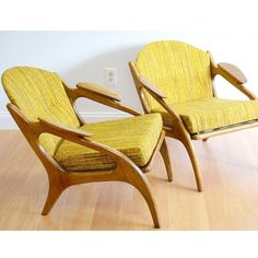 A couple of stunning chairs from Adrian Pearsall. #adrianpearsall #pearsall #midcenturymodern #armchair #woodwork