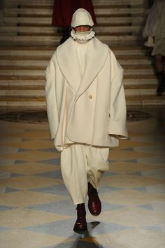 Catwalk photos and all the looks from LCF MA Menswear Autumn/Winter 2016-17 Menswear London Fashion Week