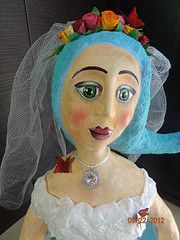 Noivinha - Bride Paper mache doll