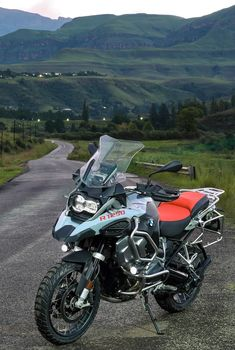 Gs 1200 Bmw, Motorcross Bike, Bmw Motorbikes, Honda Africa Twin, Bike Bmw, Custom Bikes, Cars And Motorcycles, Offroad, Names