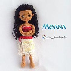 "105 Me gusta, 12 comentarios - @jossa_handmade en Instagram: ""Moana ☺☺☺"" Halloween Crochet Patterns, Crochet Disney, Crochet Dolls Free Patterns, Amigurumi Patterns, Crochet Girls, Cute Crochet, Crochet For Kids, Crochet Toys, Knit Crochet"