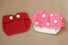 Mickey/Minnie diaper cover - free crochet pattern (w/matching hats)