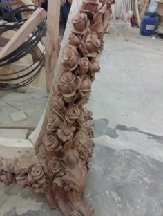 Pillar Design, Wood Design, Girls Bedroom Furniture, Shabby Chic Furniture, Wood Carving Art, Wood Art, Wooden Projects, Wood Crafts, Carving Designs