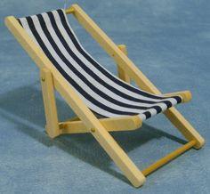 00203 Strandstoel blauw streepje (AH)