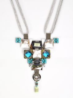 Wow! This Lucy Hutchings necklace is amazing.